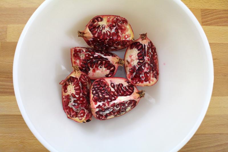 DeseedingPomegranates-6