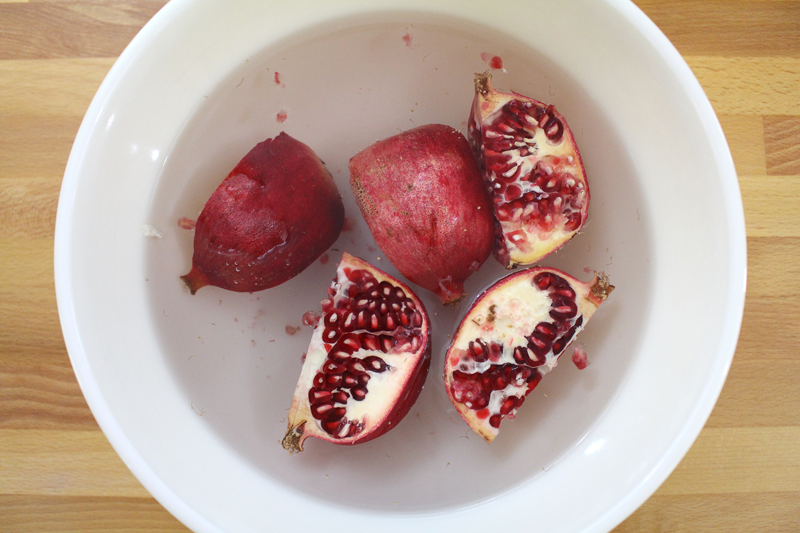 DeseedingPomegranates-7