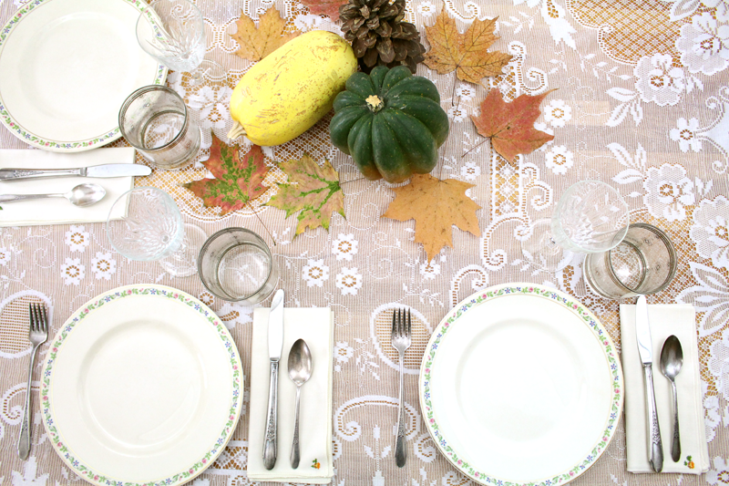 ThanksgivingTable-1